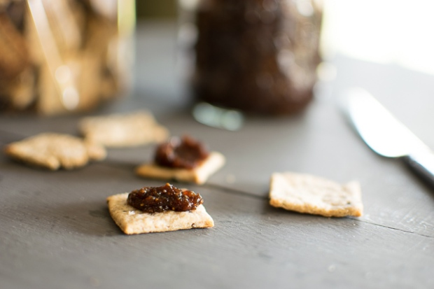 chia seed rye crackers